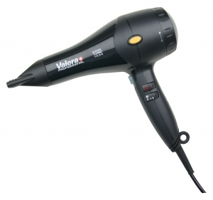Valera 1800w hairdryer with fitted plug in black